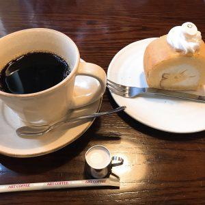 凜屋珈琲舎の珈琲とケーキ、美味しいです✨