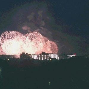 今年のびわこ花火もカラフルでとてもきれいでした✧家のすぐ近くからも見えました!